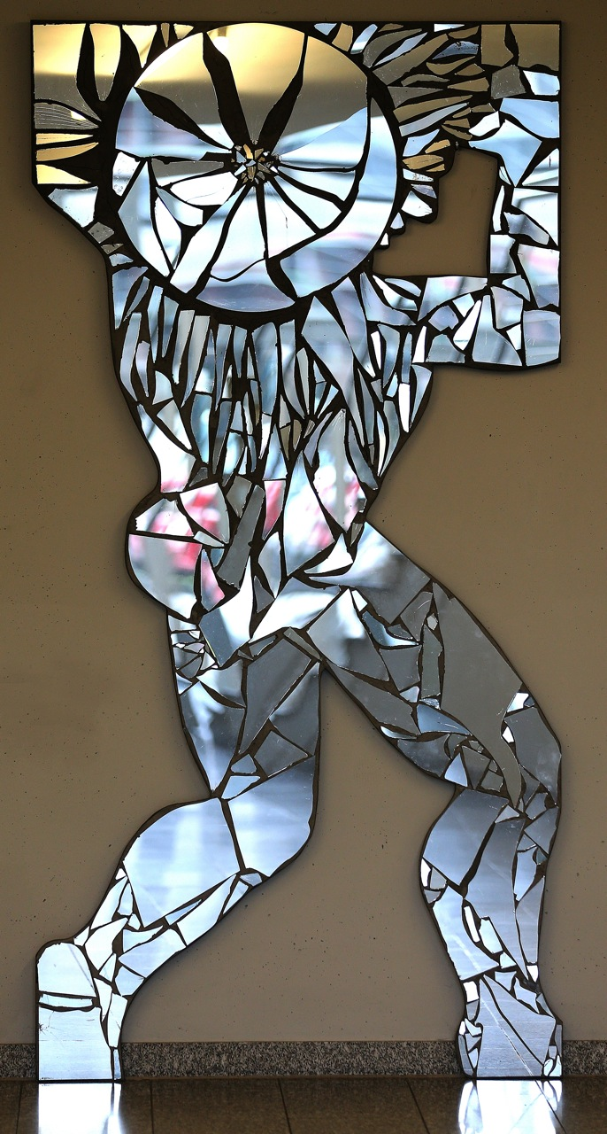 Il giorno 2012, Shattered Mirrors on wood panel, 250 x 125 x 5 cm